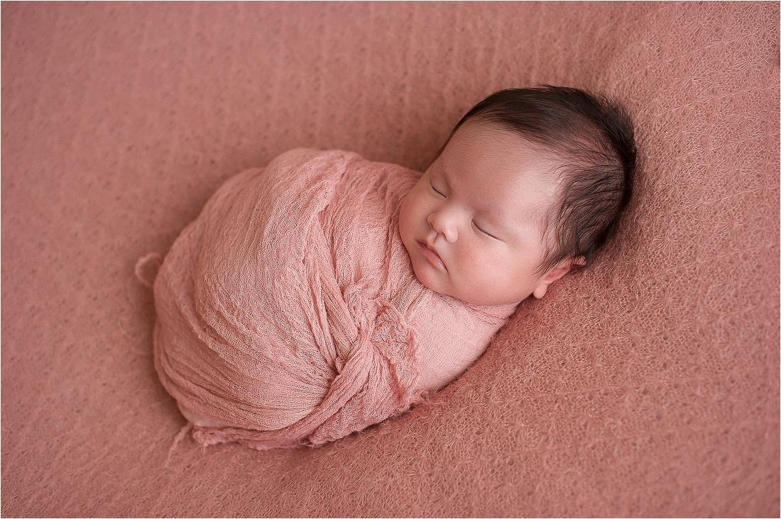 Super Kingsley Rose a 40 giorni   Fotografo di neonati a Roma » Martyna  YC04